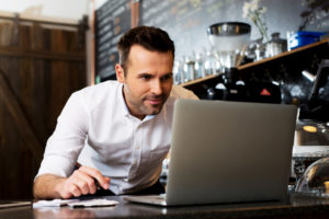 employer uses computer to look for self-funded insurance policies